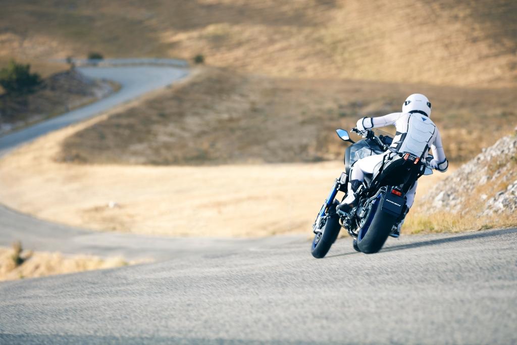 Yamaha Niken 2018 MotorADN (6)
