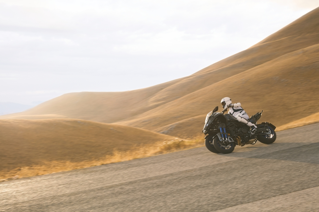 Yamaha Niken 2018 MotorADN (9)