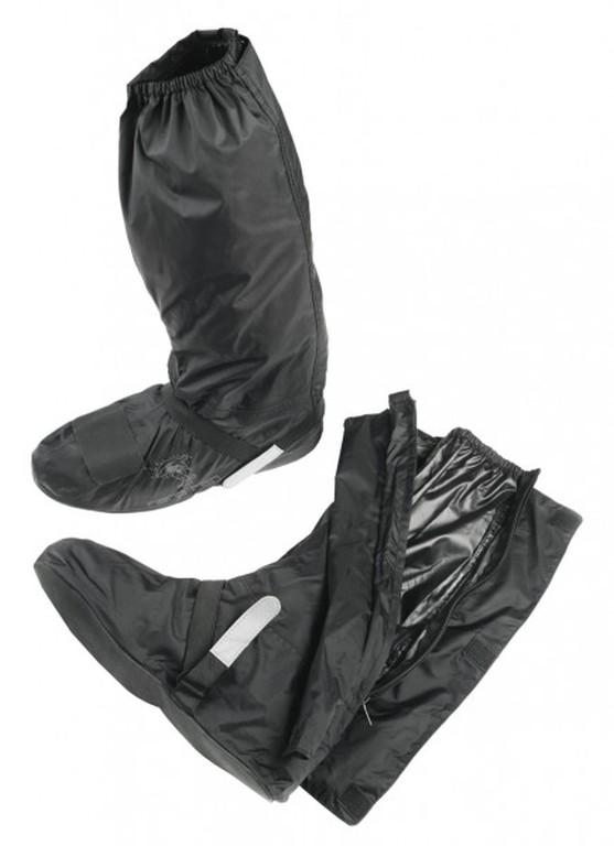 Chubasqueros y trajes de agua (5)