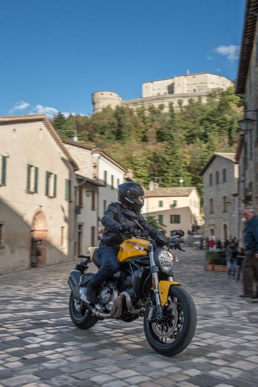 Ducati Monster 821 Road Test Barcelona (1)