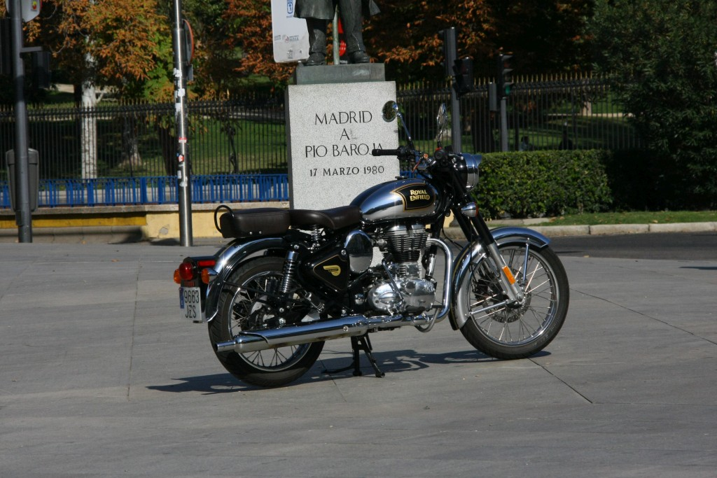 Royal Enfield Classic 500 Chrome 2017 MotorADN (1)