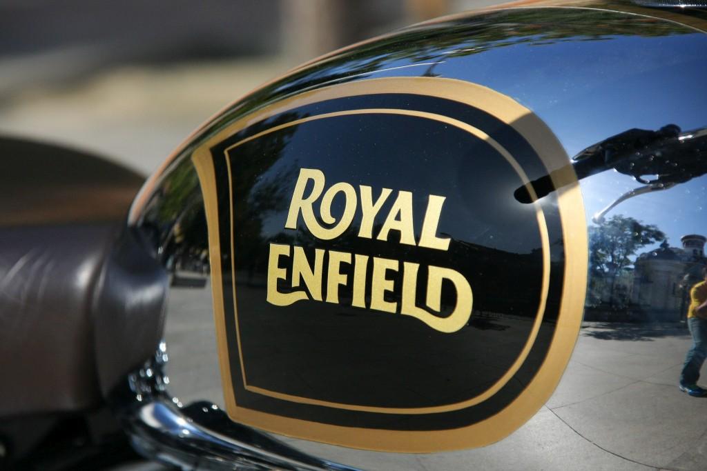 Royal Enfield Classic 500 Chrome 2017 MotorADN (10)