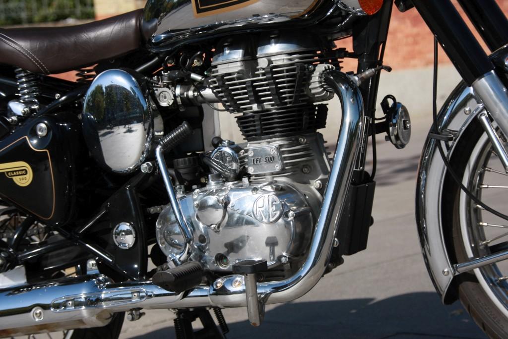 Royal Enfield Classic 500 Chrome 2017 MotorADN (11)