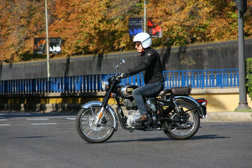 Royal Enfield Classic 500 Chrome 2017 MotorADN (38)