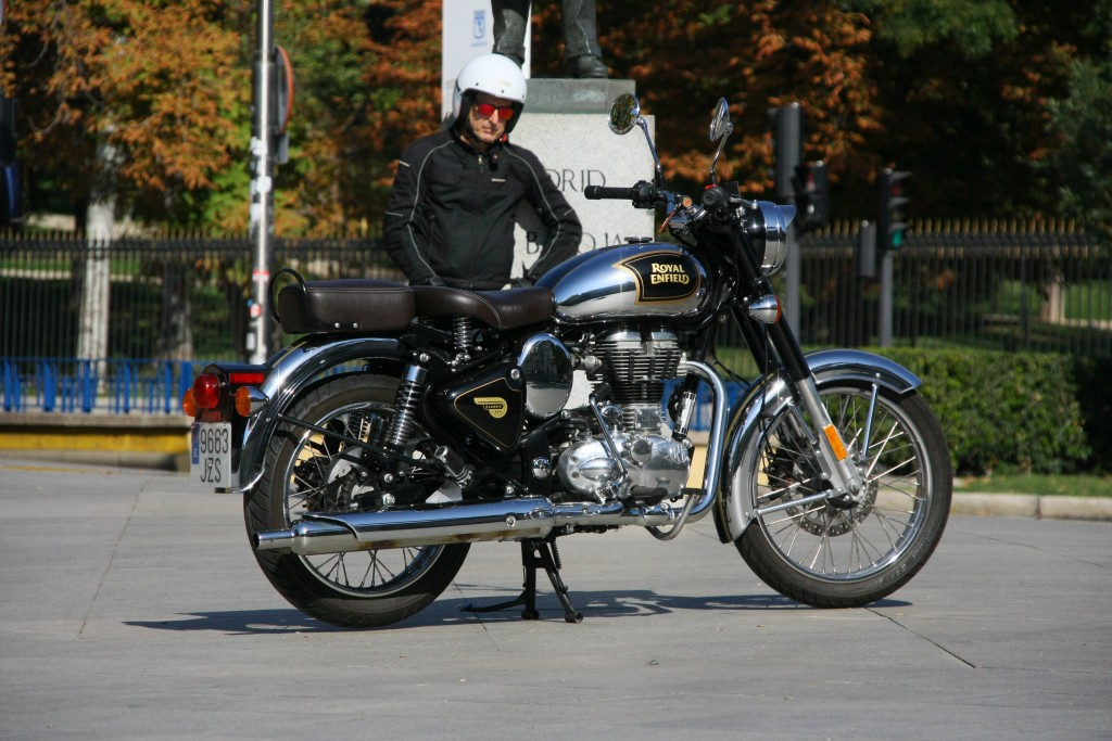 Royal Enfield Classic 500 Chrome 2017 MotorADN (5)