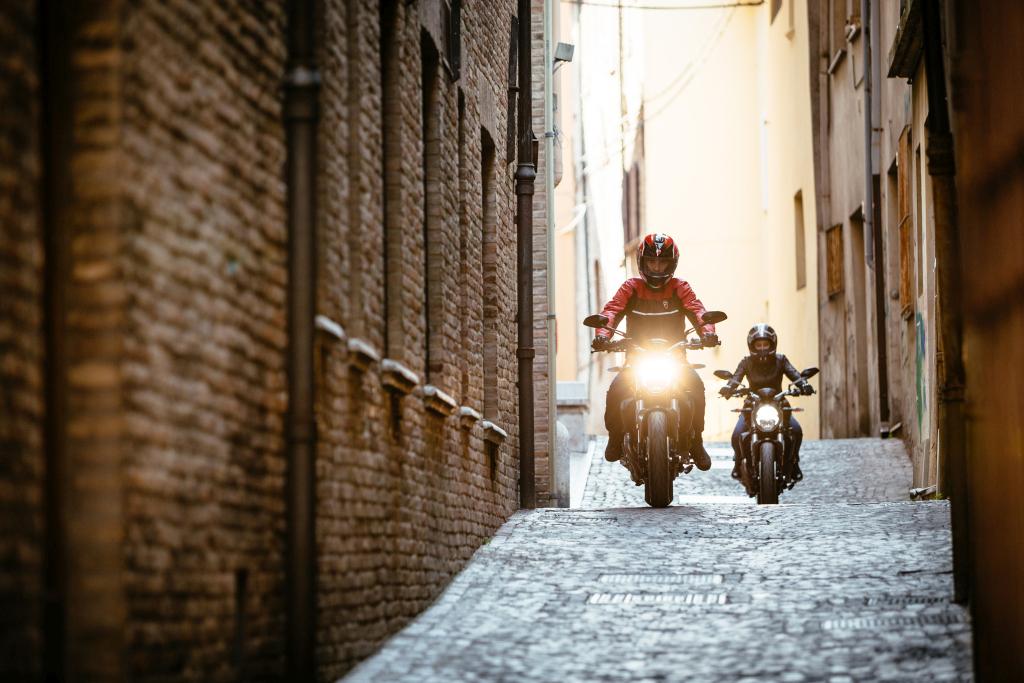Ducati Monster 821 2018 prueba MotorADN (109)