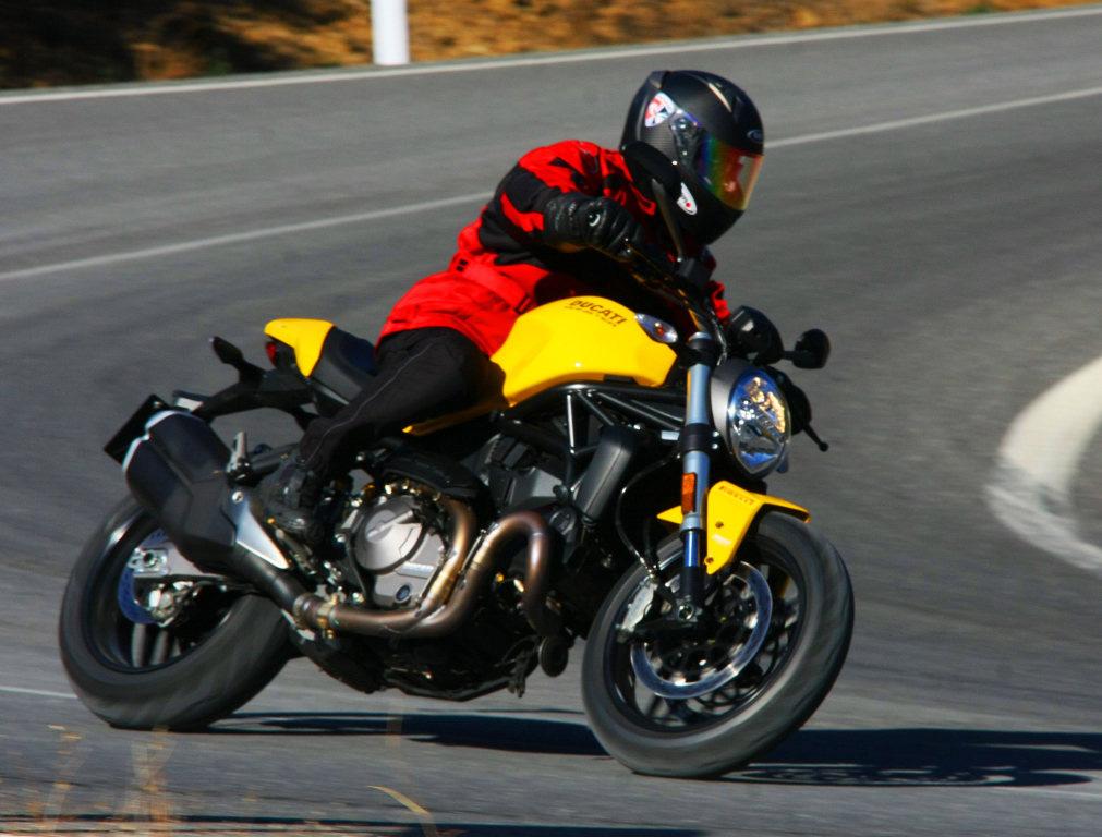 Ducati Monster 821 2018 prueba MotorADN (3)