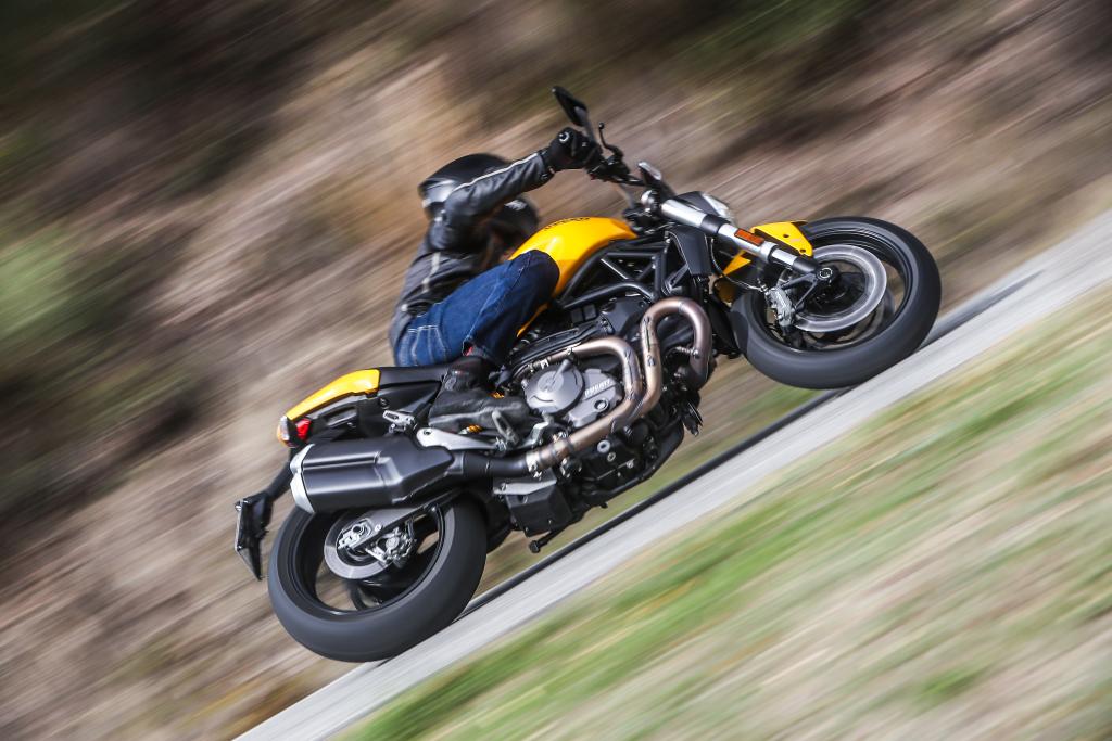Ducati Monster 821 2018 prueba MotorADN (52)