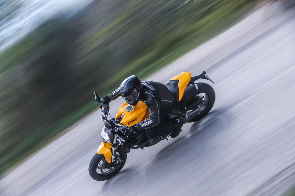 Ducati Monster 821 2018 prueba MotorADN (57)