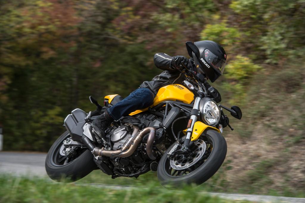 Ducati Monster 821 2018 prueba MotorADN (59)