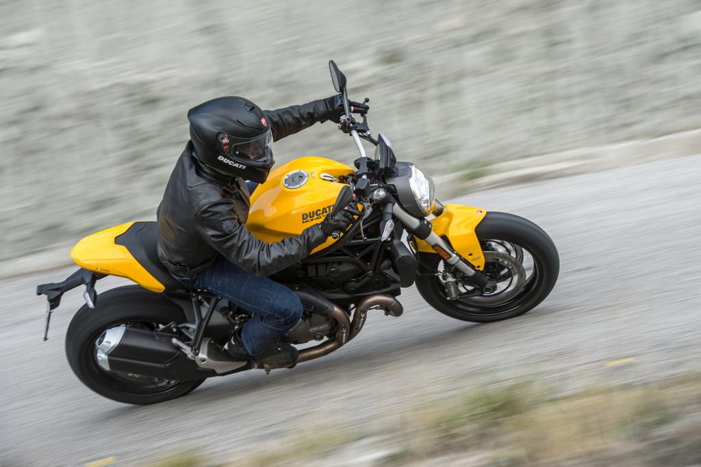 Ducati Monster 821 2018 prueba MotorADN (60)
