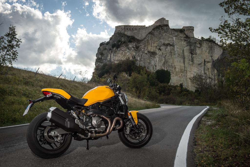 Ducati Monster 821 2018 prueba MotorADN (63)