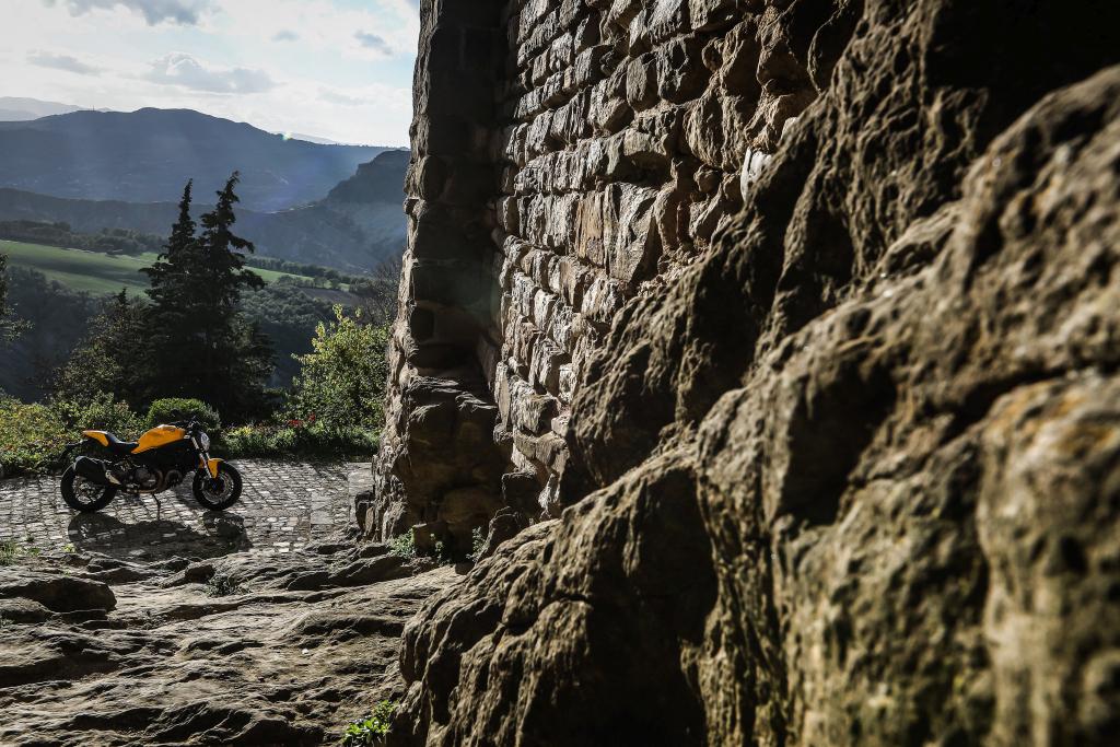 Ducati Monster 821 2018 prueba MotorADN (65)
