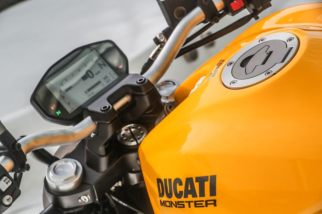 Ducati Monster 821 2018 prueba MotorADN (83)