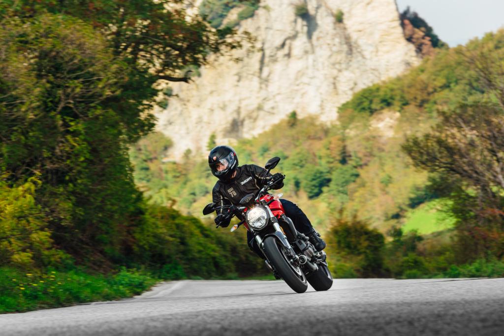 Ducati Monster 821 2018 prueba MotorADN (96)