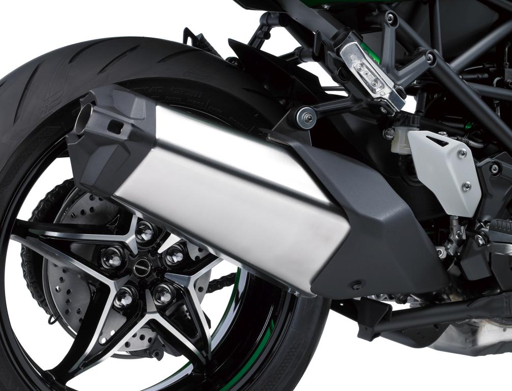 Kawasaki H2SX Presentación (15)