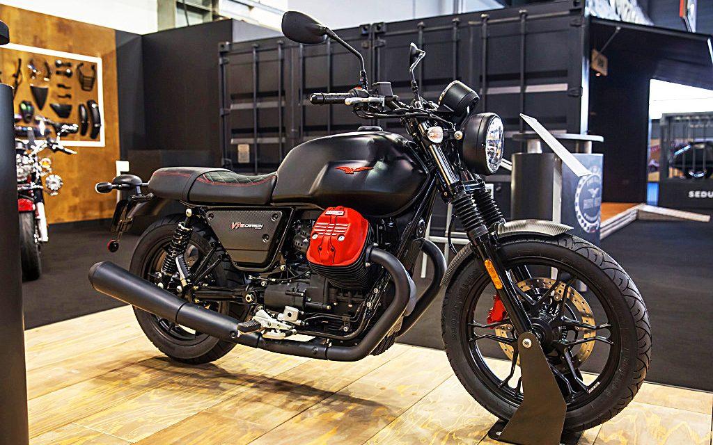 Moto Guzzi V7 III Carbon: oro vintage