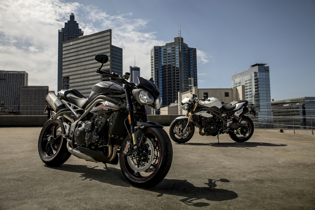 Triumph Speed Triple S y RS 2018 MotorADN (23)