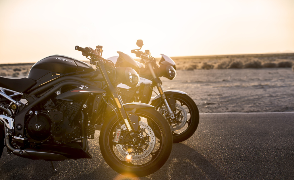 Triumph Speed Triple S y RS 2018 MotorADN (28)