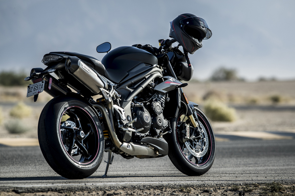 Triumph Speed Triple S y RS 2018 MotorADN (5)