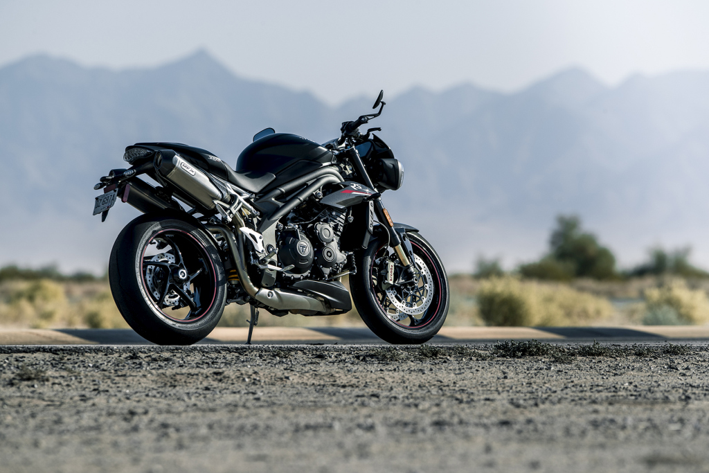 Triumph Speed Triple S y RS 2018 MotorADN (6)