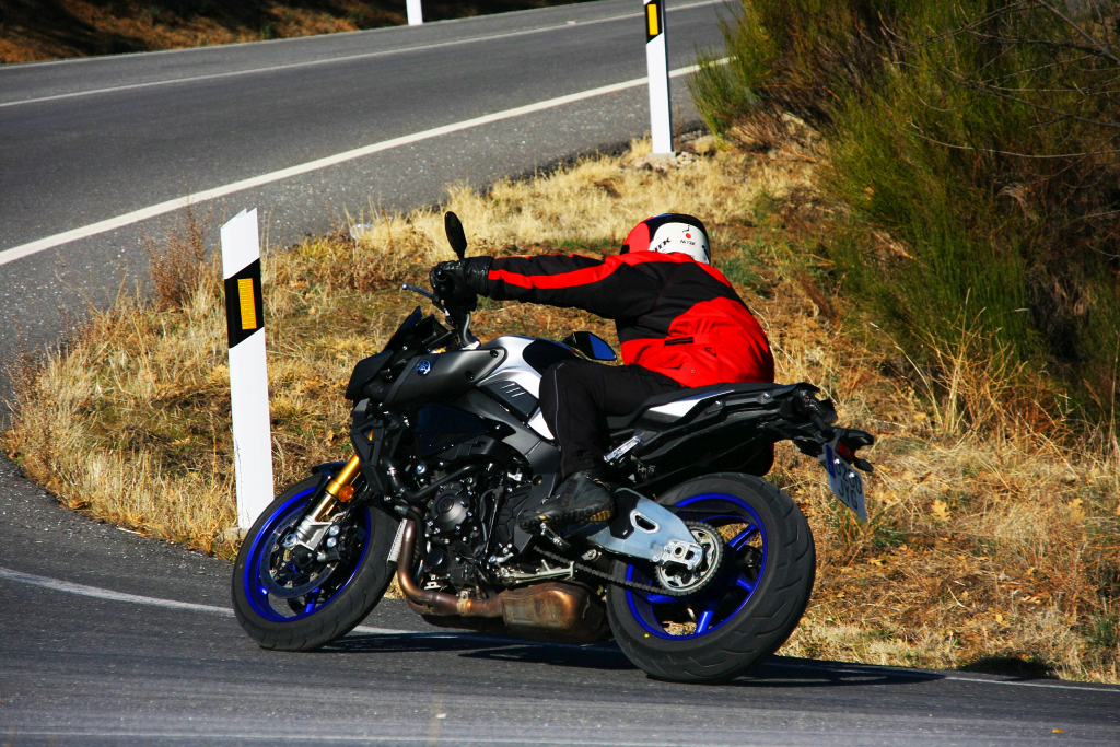 Yamaha MT10 SP 2018 prueba MotorADN (5)