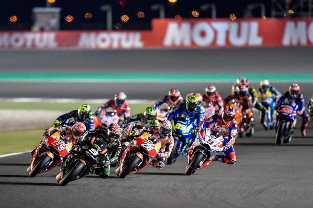 MotoGP 2018 Qatar carrera (2)