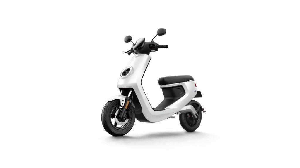 NIU scooter eléctrico Serie M MotorADN (6)