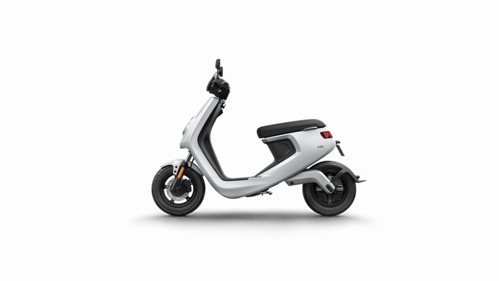 NIU scooter eléctrico Serie M MotorADN (7)