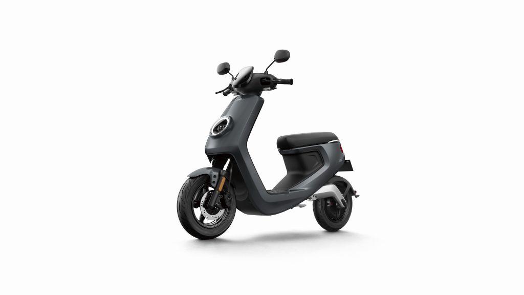 NIU scooter eléctrico Serie M MotorADN (9)