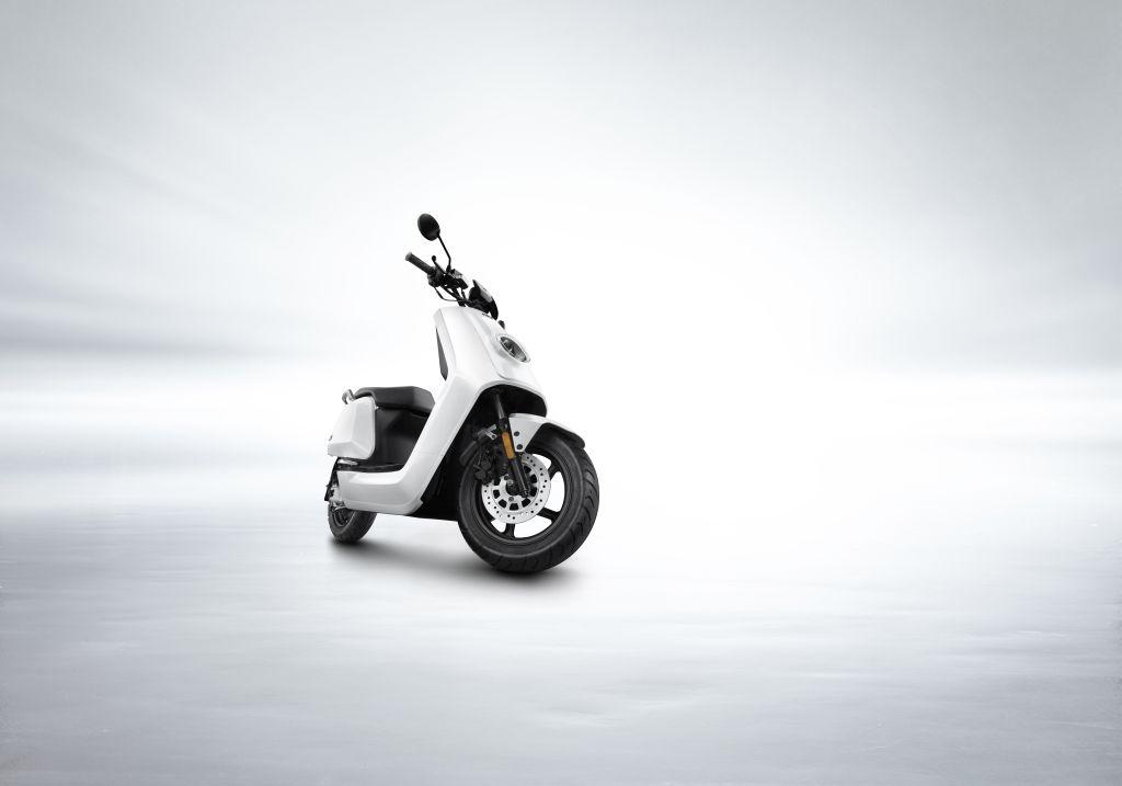 NIU scooter eléctrico Serie N MotorADN (3)