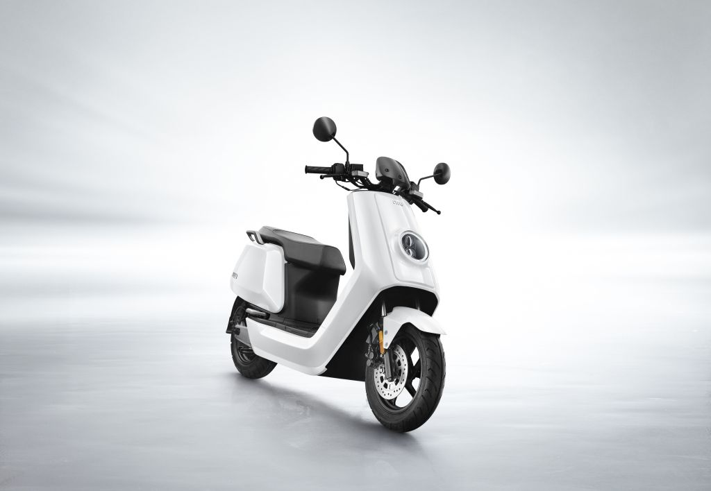 NIU scooter eléctrico Serie N MotorADN (4)