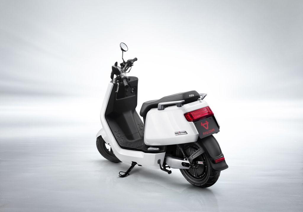 NIU scooter eléctrico Serie N MotorADN (6)