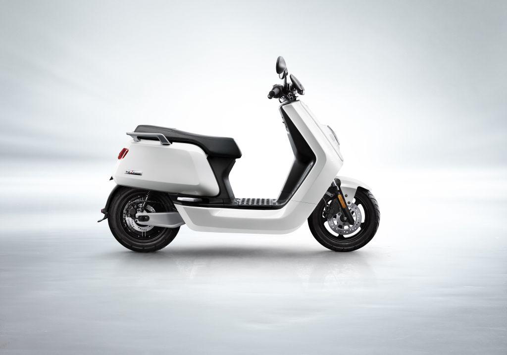 NIU scooter eléctrico Serie N MotorADN (7)