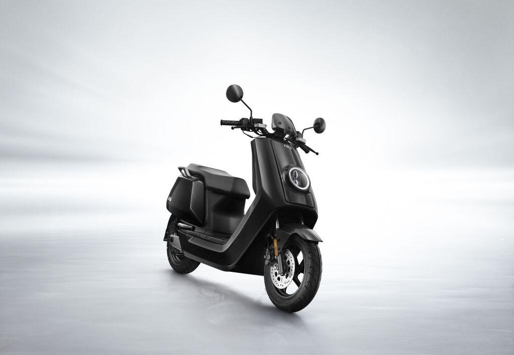 NIU scooter eléctrico Serie N MotorADN (9)