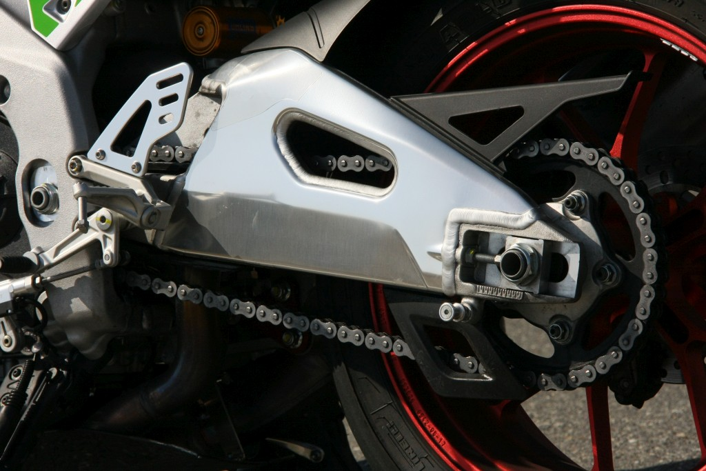 Prueba Aprilia RSV4 RF 2018 MotorADN (37)