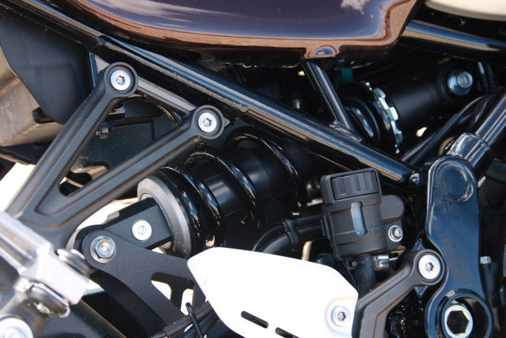 Prueba Kawasaki Z900 RS 2018 MotorADN (16)