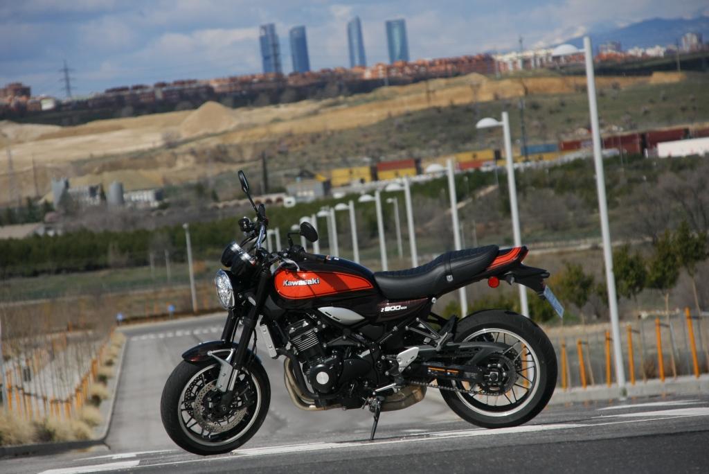 Prueba Kawasaki Z900 RS 2018 MotorADN (33)