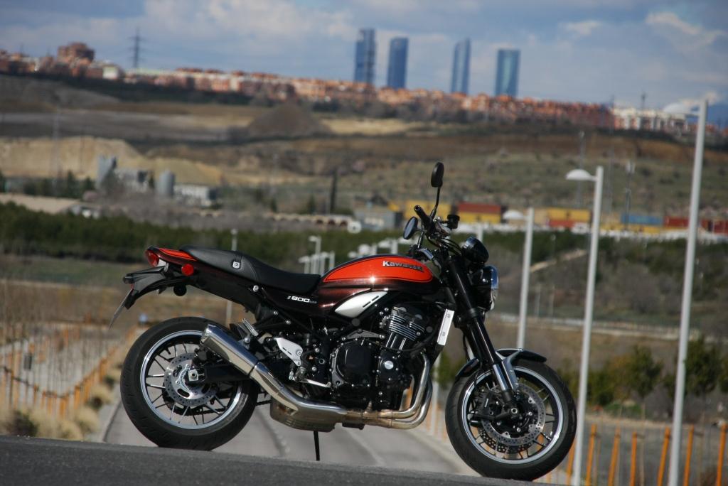 Prueba Kawasaki Z900 RS 2018 MotorADN (45)
