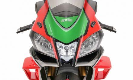 Fotos Aprilia RSV4 RF CON ALERONES WINGLETS ESTILO MOTOGP  MotorADN (1)