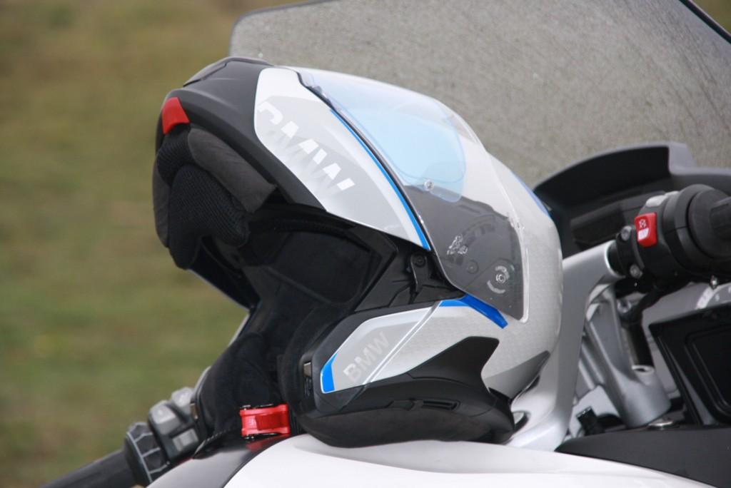 Casco BMW 7 Carbon prueba MotorADN (1)