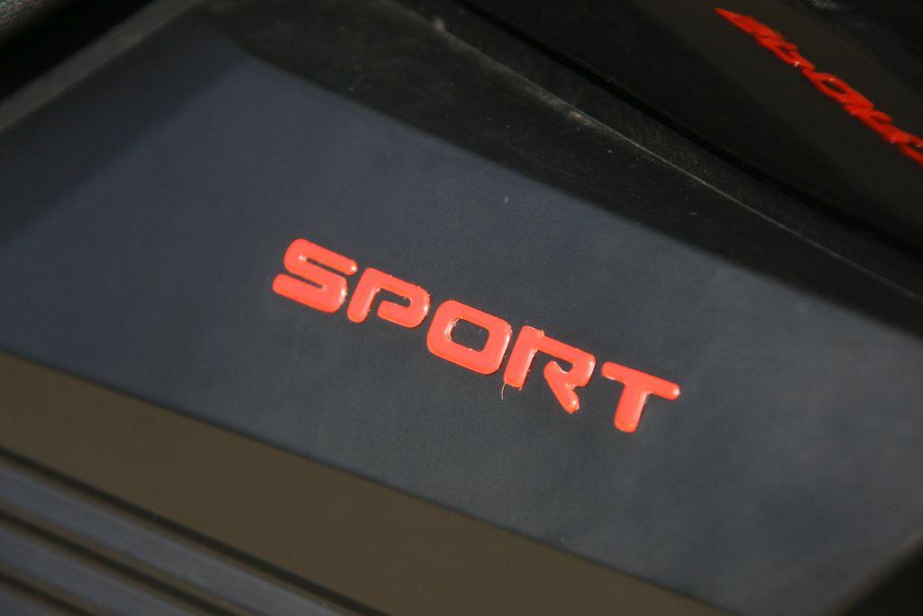 PRUEBA UM RENEGADE SPORT S 125 MotorADN red (10)
