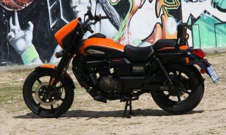 FOTOS PRUEBA UM RENEGADE SPORT S 125 MotorADN.com