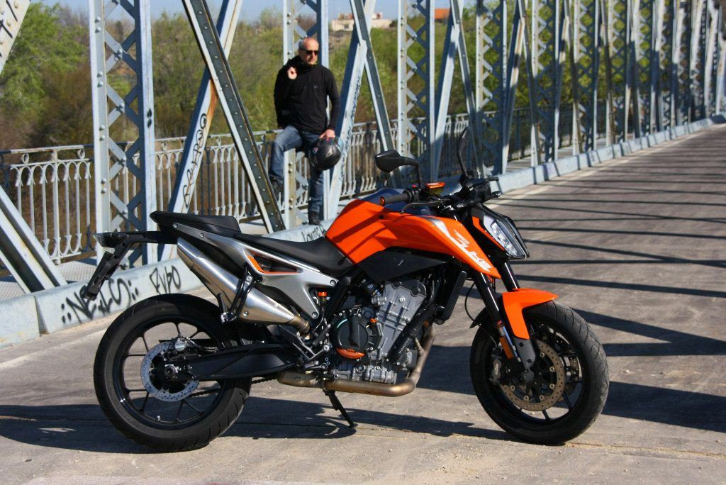 Prueba KTM 790 Duke 2018 MotorADN (20)