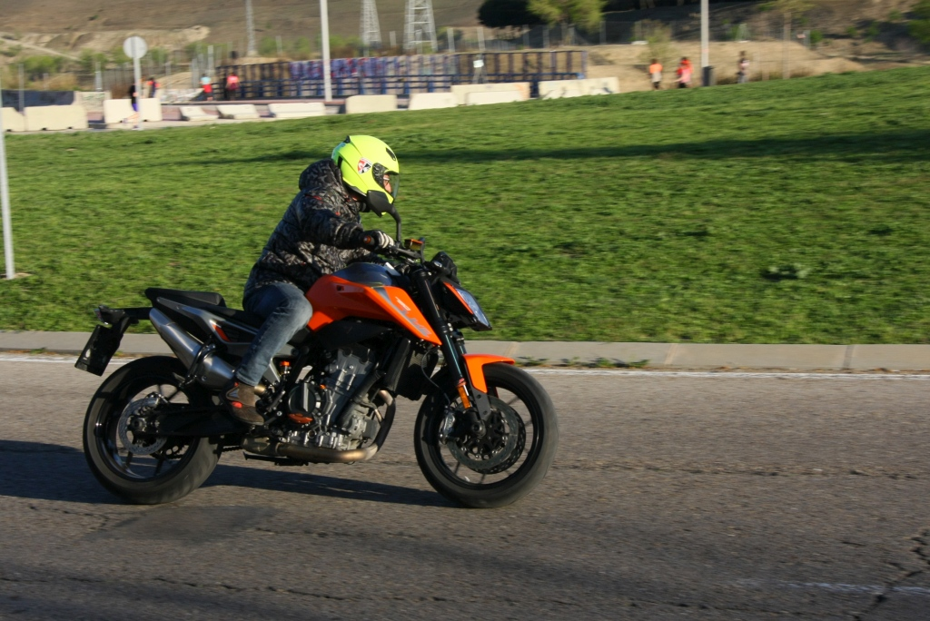 Prueba KTM 790 Duke 2018 MotorADN (24)
