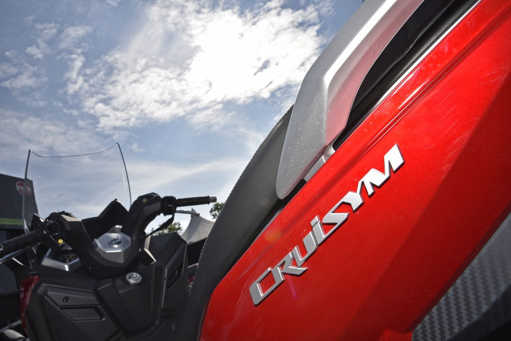 SYM CruiSy300i presentación-MotorADN.COM ambiente (11)