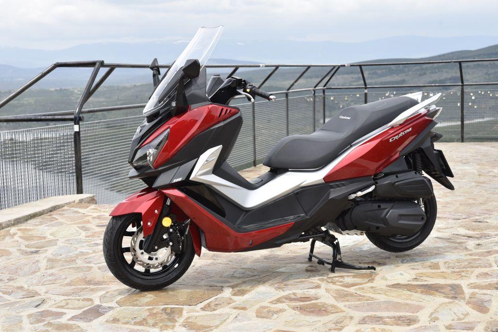 SYM CruiSy300i presentación-MotorADN.COM ambiente (15)