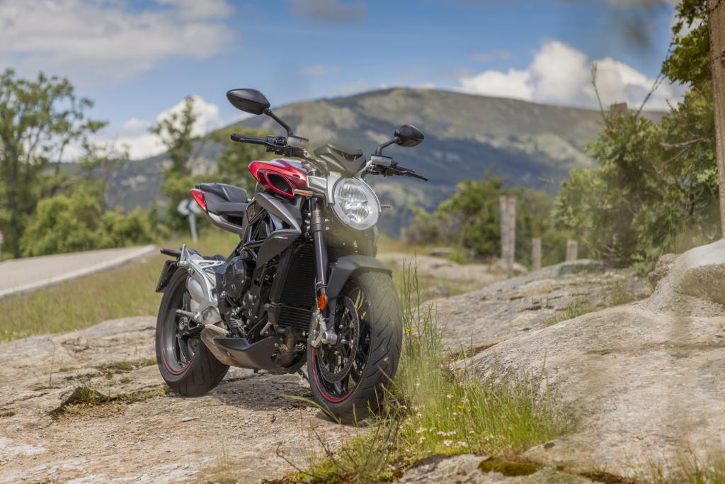 MVAugusta Brutale 800RR 2018 MotorADN (12)