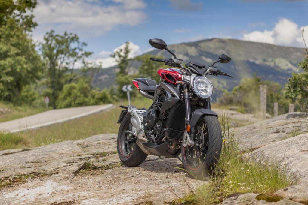 MVAugusta Brutale 800RR 2018 MotorADN (13)