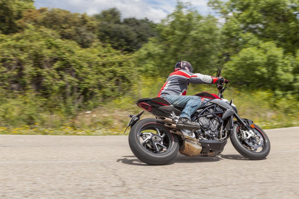 MVAugusta Brutale 800RR 2018 MotorADN (18)